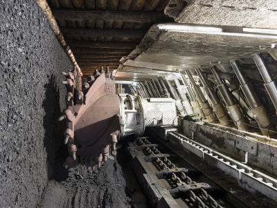 longwall system in coal mine
